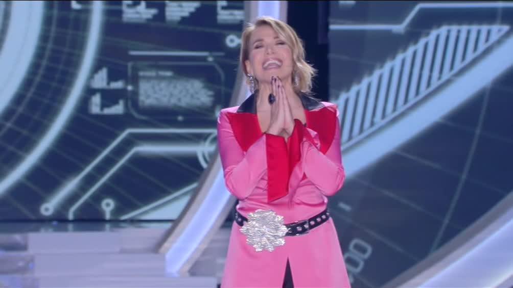 Abito Barbara D'Urso Grande Fratello semifinale che look ha scelto?