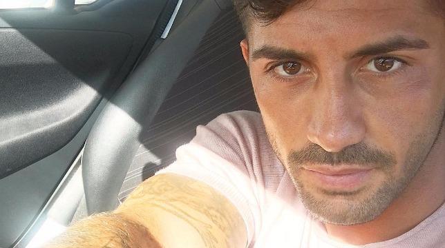 Alessio Bruno condannato per spaccio sconvolgente la sua reazione e la fidanzata...