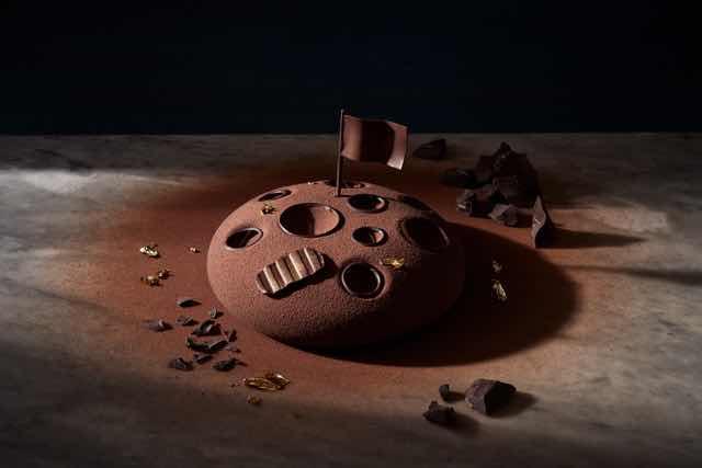 50 anni sbarco sulla Luna arriva la Cioccoluna torta mousse che reinterpreta la superficie lunare