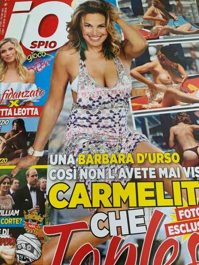 Barbara D'Urso in topless al mare sembra una trentenne le foto
