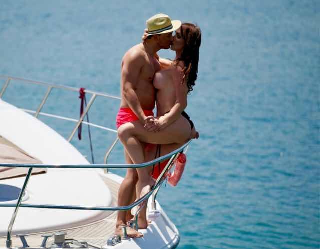 Manila Gorio e Chando Luna scandalo hot in yacht in attesa di Temptation Island Vip