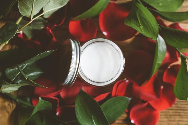 I prodotti di bellezza a base di prebiotici di tendenza per l'estate 2019