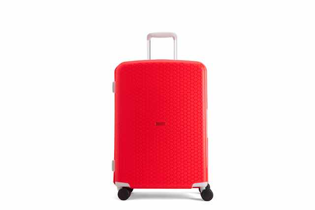 Con quale valigia vai in vacanza? Ecco un nuovo modello in polipropilene