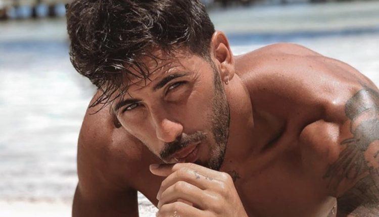 Ivan Gonzalez di Uomini e donne si spoglia nudo e Sonia si arrabbia