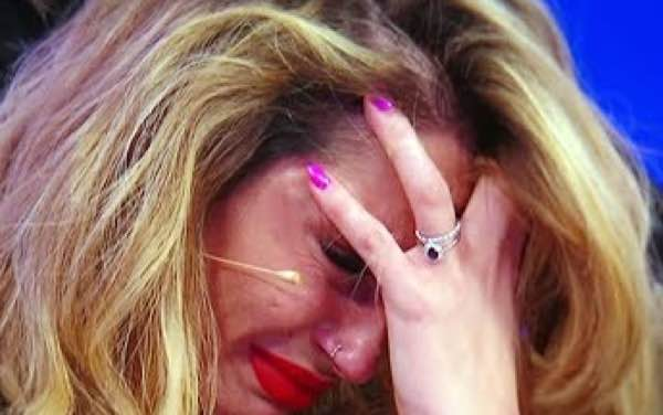Ida in lacrime per Riccardo nella nuova registrazione del trono over
